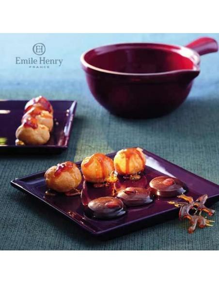Cazo para caramelo rojo, molde y libro de recetas Emile Henry